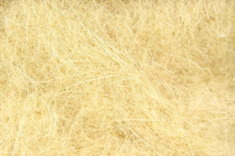 Hareline Dubbin cinnamon caddis     HD25